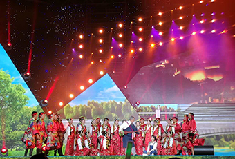 2016中国拉萨雪顿节开幕,现场演出惊艳绝伦