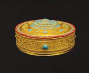 这里的镇馆之宝是什么?又珍藏哪些达赖班禅进贡的宝物?