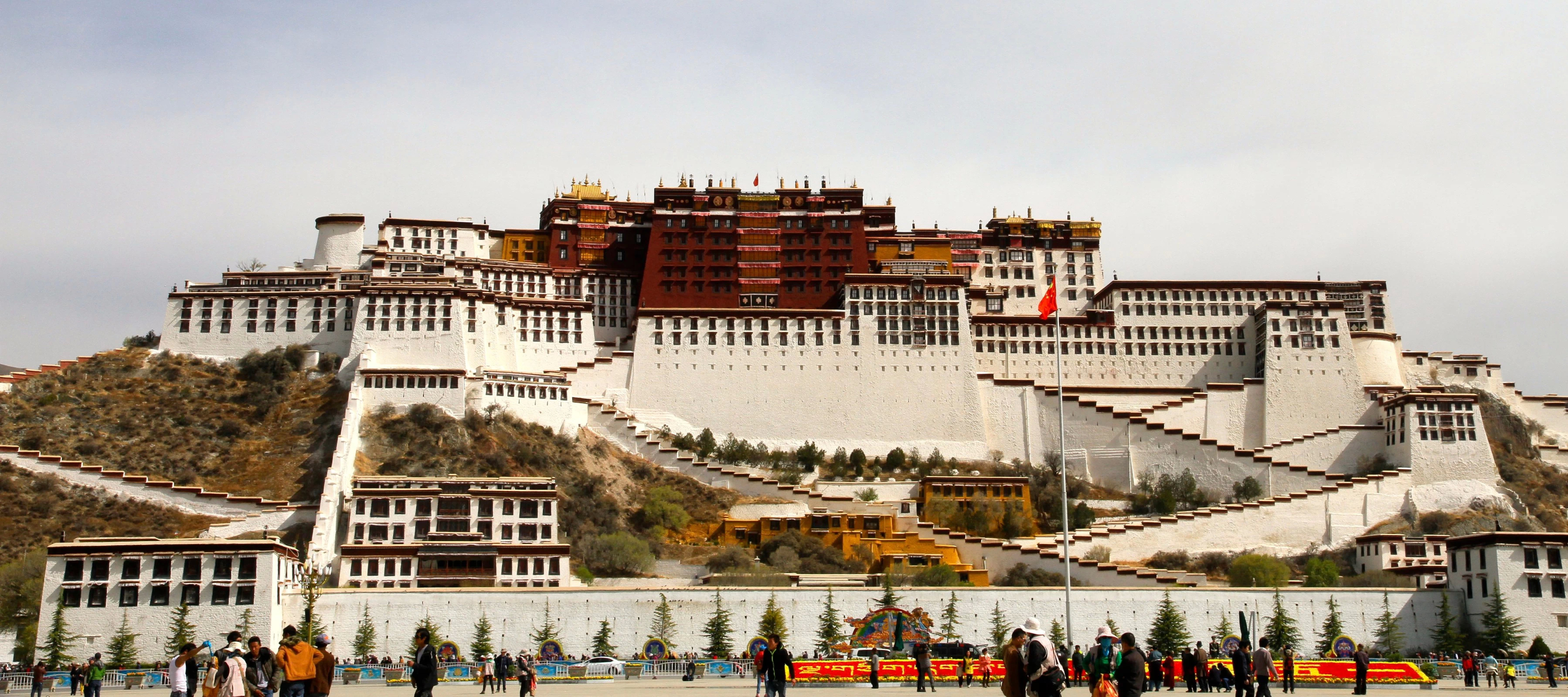 Tibet: Standard of living continues rising