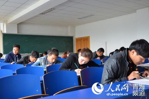 Qinghai established Tibetan language judicial exam site for first time