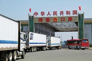 """直击东北经济:中俄珲春铁路口岸迎2017""""开门红"""""""