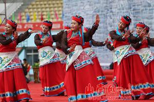 门巴族姑娘卓玛:我把幸福西藏唱给你听