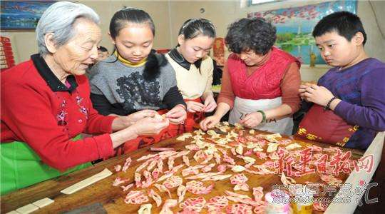 新疆自治区文明办安排部署春节期间培育社会文明新风活动