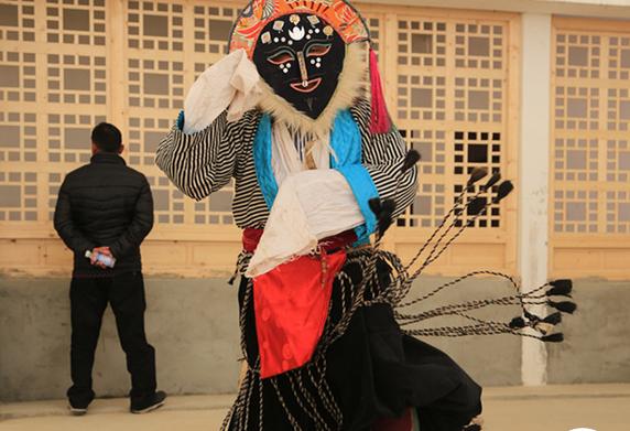 融入藏戏:西藏文化的活化石