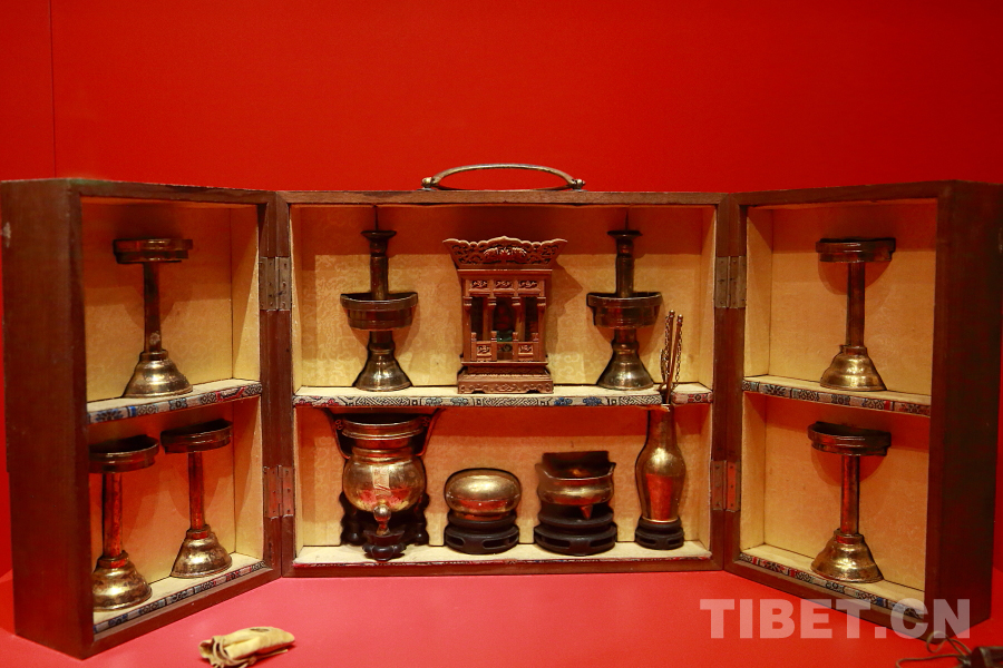 Die mysteriösen im Palastmuseum aufbewahrten Qing-Reliquien (II)