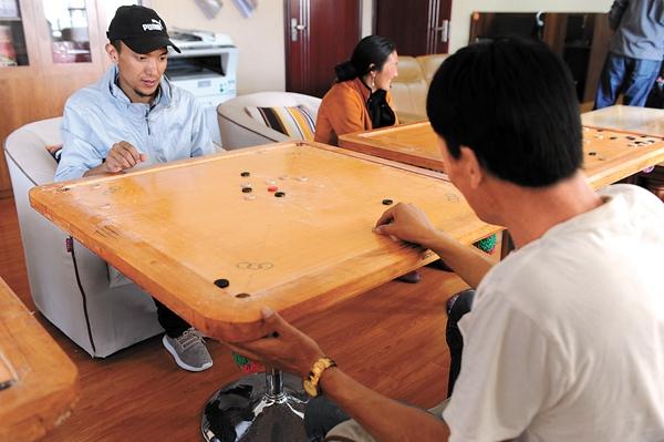 藏民族的传统体育项目 既精彩又有趣