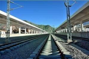 青铁公司实施新列车运行图 拉萨至成渝方向压缩7个多小时