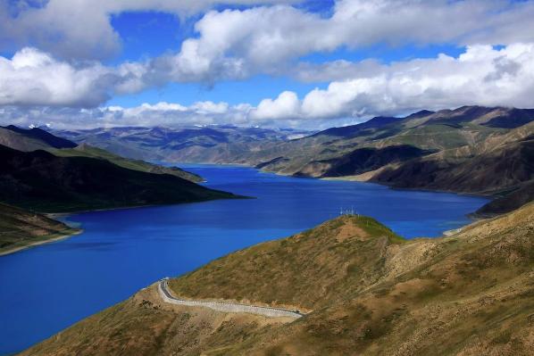 """Tibets gutes Wasser"" wird im Kanton, Macao und Hong Kong verkauft"