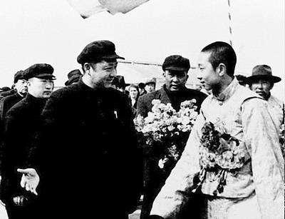 习仲勋与两位藏族领袖的深厚情谊