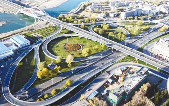 """西藏基础设施:赶超驶入""""快车道"""""""
