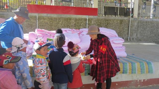 西藏驻村工作队始终如一真情暖人心