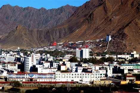西藏珠峰故乡的特色精准扶贫路