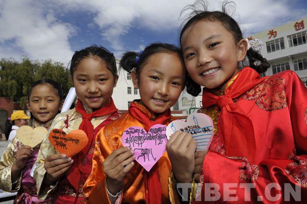 【十九大时光】促公平 提质量 西藏教育事业这5年一路高歌奋进