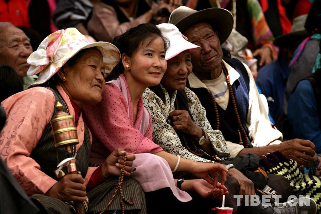 Einzigartige Arbeit Chinas mit nationalen Minderheiten