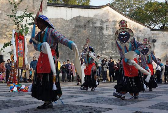 Tibetan opera debuted on theatre festival
