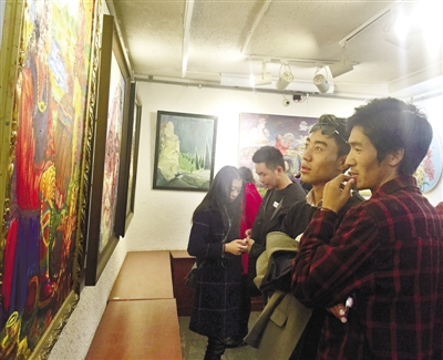 Oil painting exhibition opens in Lhasa