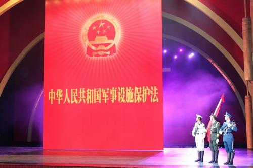 """中国军队按下依法治军""""快进键"""""""