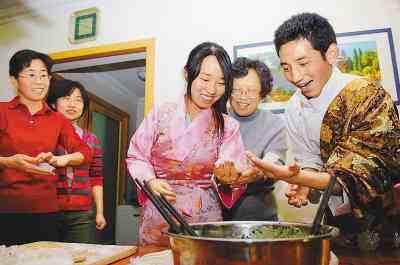 西藏自治区民族团结事业扫描:携手幸福好生活