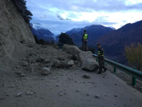 Zwei Verletzte bei Erdbeben in Tibet