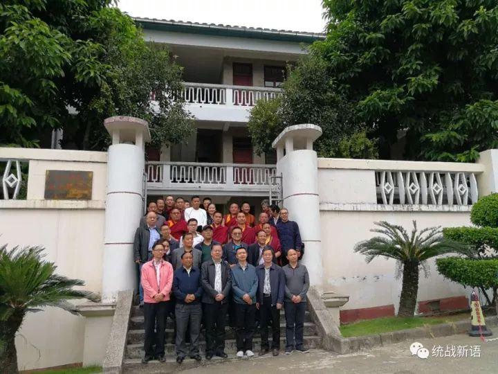 在福建,西藏党外代表人士参观团考察了啥?