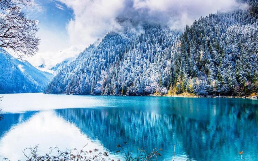 Mystical Jiuzhaigou Valley after snow