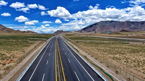 西藏交通发展变革的印记