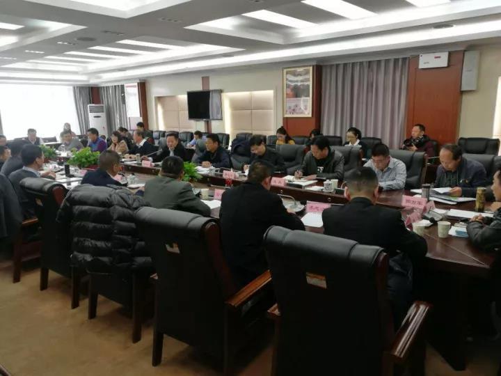 自治区党委常委、拉萨市委书记白玛旺堆主持召开拉萨市非公经济代表人士座谈会