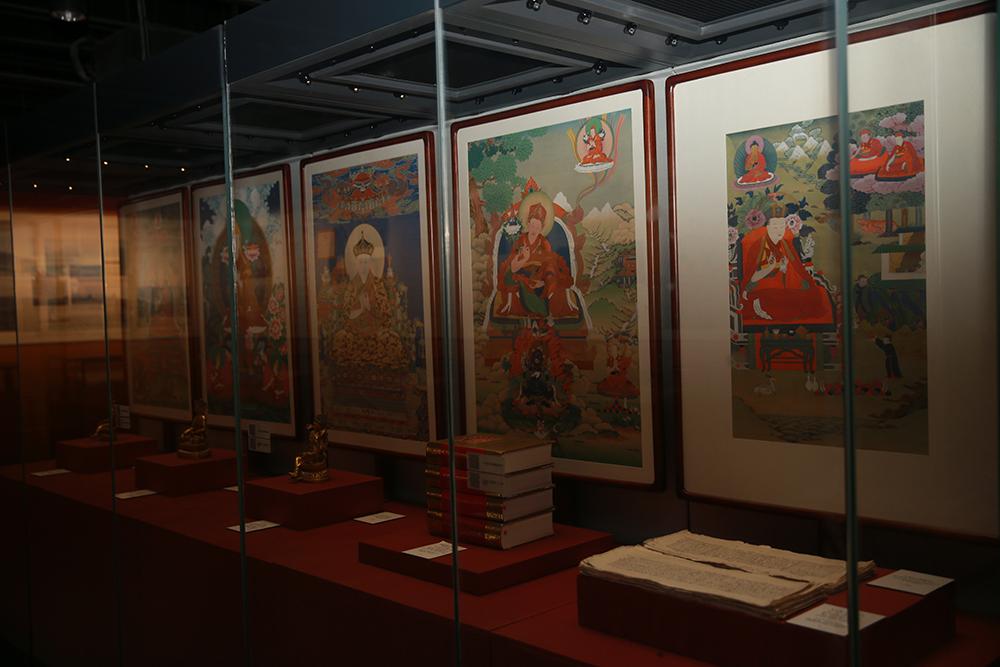 北京西藏文化博物馆举办《藏传佛教活佛转世专题展》