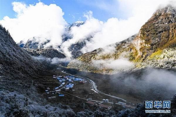 习近平总书记的回信暖心窝 西藏气象工作者:护佑玉麦百姓冷暖
