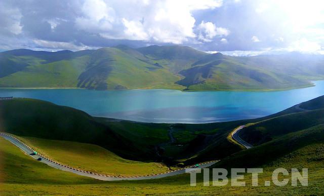 """西藏""""水世界"""""""