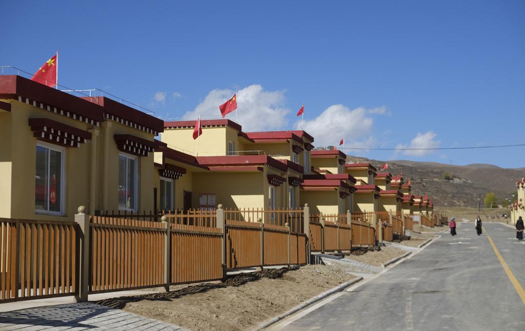 Umsiedler der Provinz Sichuan beziehen neue Wohnungen