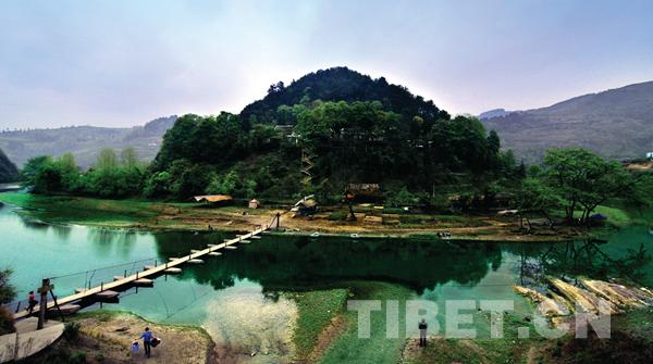 贵州省第二批少数民族特色村寨挂牌