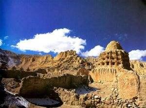 Archäologische Restaurierungsarbeit bei Naunda-Ruinen sieht erste Erfolge