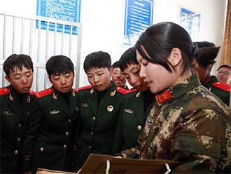西藏边防退伍老兵发挥余热传帮带