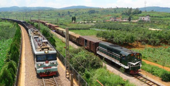 川藏铁路拉林段路基主体工程完工