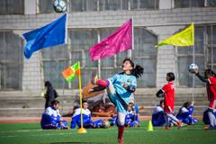 追梦女生足球节