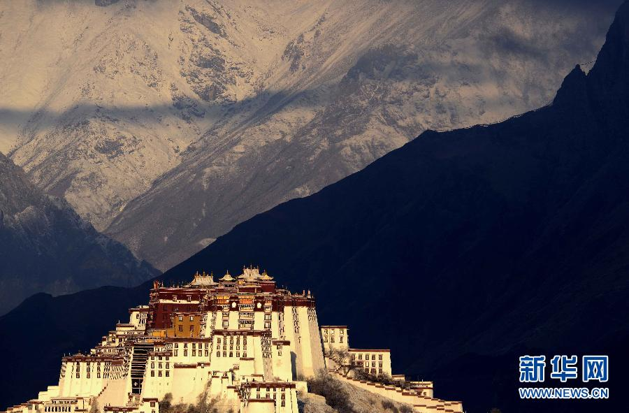 Tibet looks to build on tourism boom
