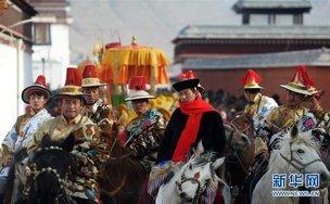 """甘南藏族自治州拉卜楞寺圆满结束""""弥勒佛绕寺""""活动"""