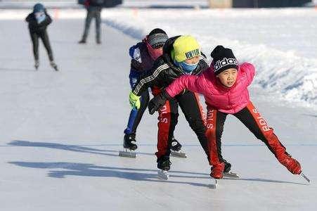 Tibet nimmt an Nationalem Jugend-Winter-Sportfest teil