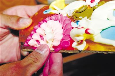 指尖上的艺术精品——酥油花