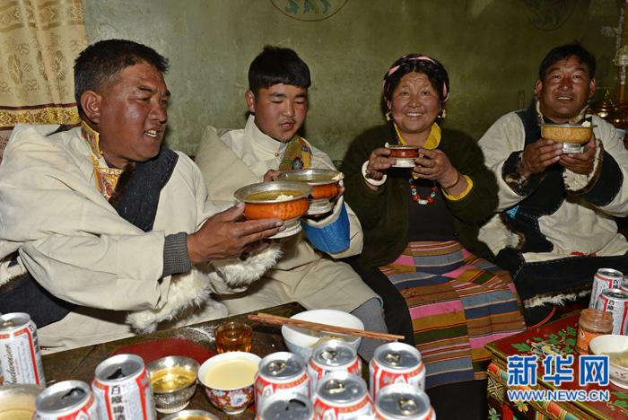 Review of New Year celebrations in Tibet (II)
