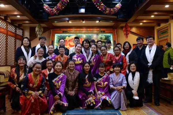 1,700 Tibetan students attending Tibetan Classes in Shanghai