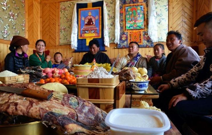 Neujahrsfest: Tibeter in Sichuan starten in ein neues Leben