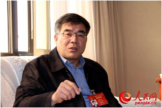 袁寿其代表:国际化人才不足将制约中国企业走出去