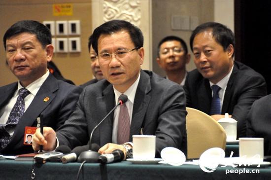 李景浩代表:全力打造文化旅游区,树立延边旅游品牌形象