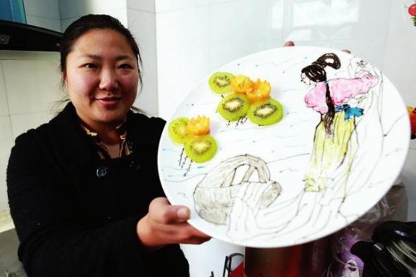 """Mutter erschafft """"poetisches"""" Frühstück für heikle Tochter"""