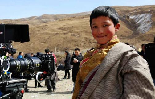 电影《三只虫草》开机 12岁藏族男孩演绎追梦故事
