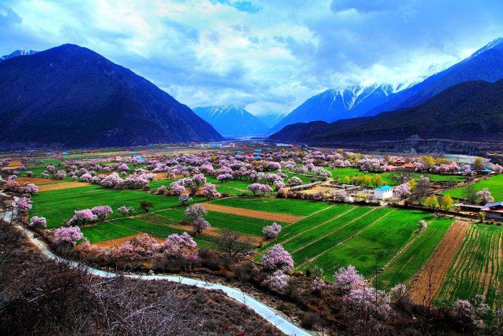 13 alte Gräber in Tibet entdeckt