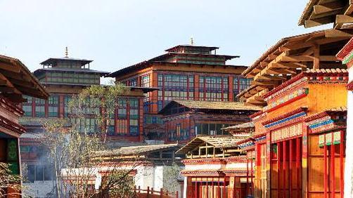 广东省重点援藏项目林芝鲁朗国际旅游小镇正式开业!
