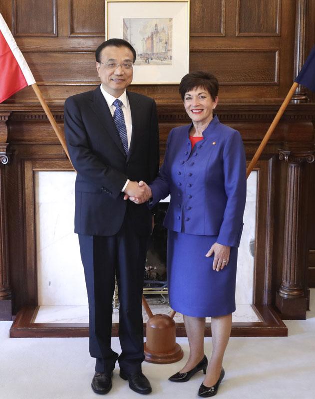 李克强会见新西兰总督